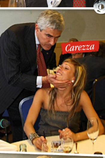 pierferdinando-casini-papy-carezza
