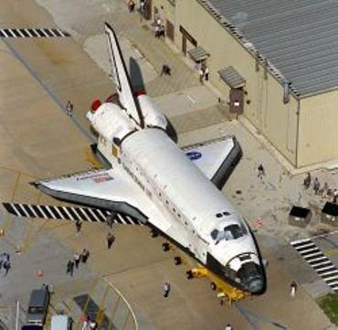 shuttle-discovery-ancora-a-terra