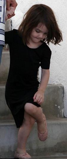 suri-cruise-stravolta-dopo-addestramento-scientology-02