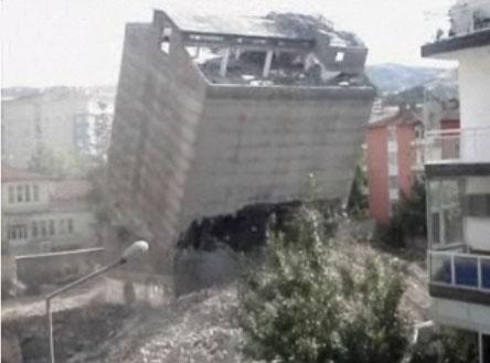 turchia-demolizione-edificio