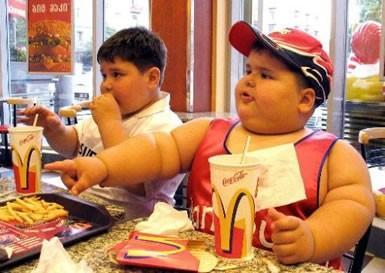 bambini-obesi-junk+food-fast+food