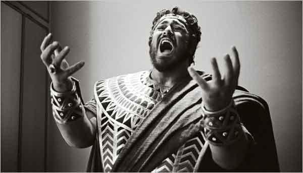 pavarotti-tenore-artista-cantante-opera-aida.jpg