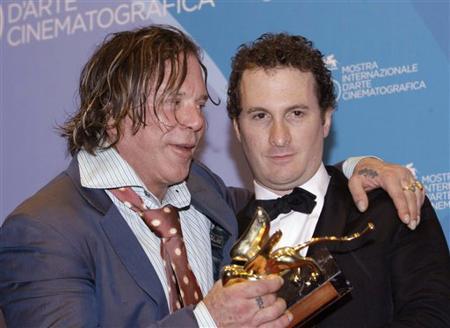 rourke-venezia-darren-aronofski-premiazione-premio.jpg