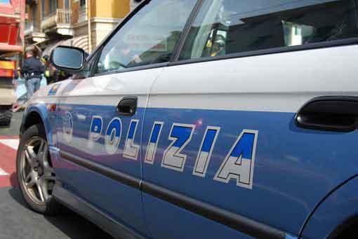 polizia-volante-pattuglia.jpg