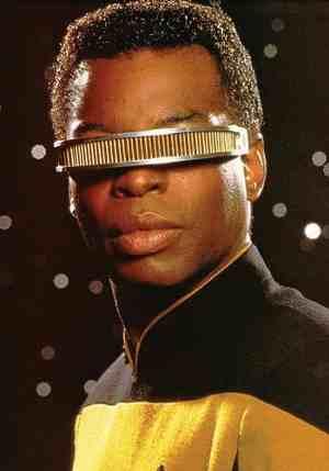 Argus-II-Geordi-La-Forge-Levar-Burton-microchip-Star-Trek-occhiali