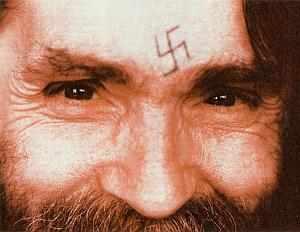 charles_manson_swastika_forehead