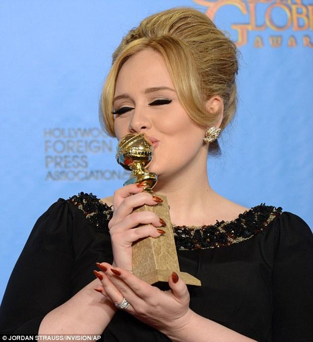 Adele-golden-globes-foto-02