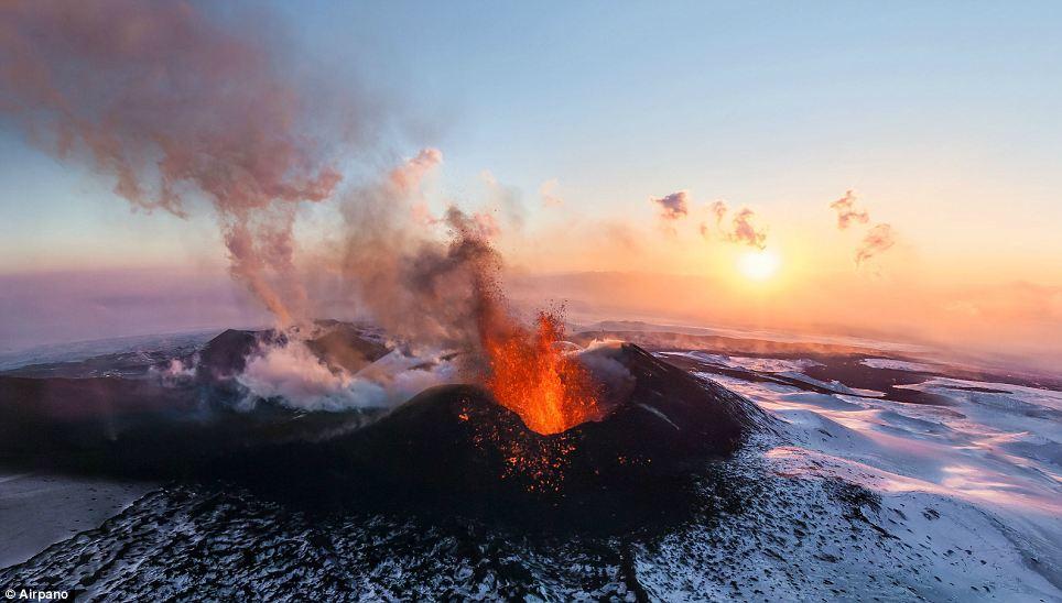 Tolbachik, vulcano, eruzione, immagini, foto