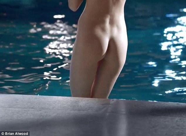 Eva-Herzigova-nuda nel-nuovo-spot-pubblicitario-03
