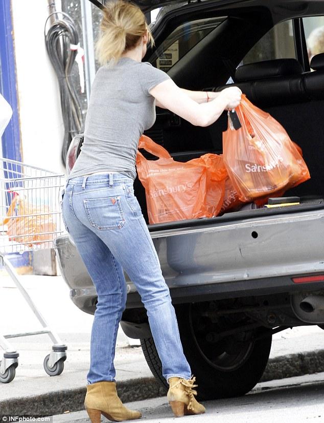 Geri-Halliwell-Spice-Girls-carta-igienica