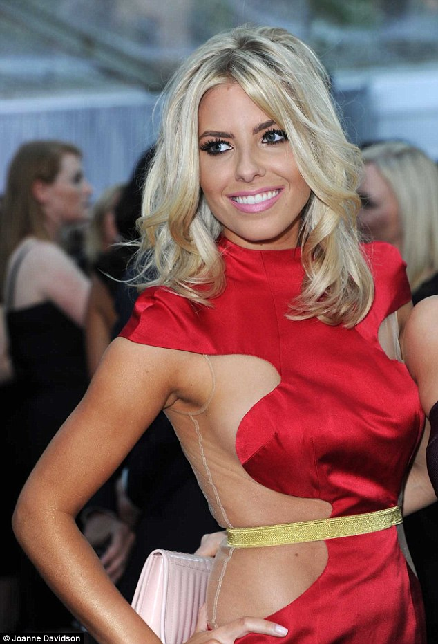 Mollie King, glamour