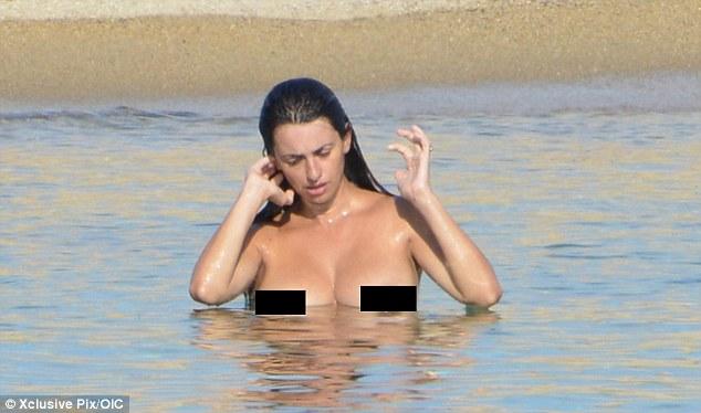 Penelope Cruz topless 1